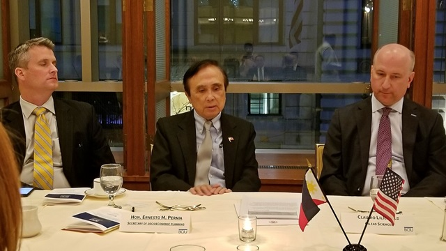 Philippines Welcomes Economic Opportunities at Dinner with US Executives