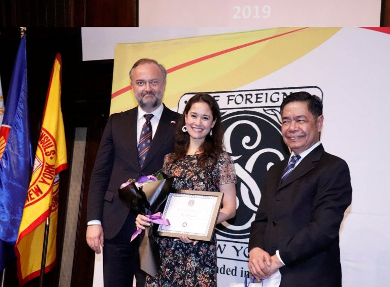 Society of Foreign Consuls in New York   Recognize Fil-Am Broadway Artist Ali Ewoldt