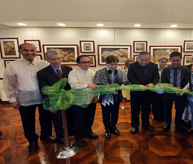 Mga Dahon ng Lahi: Art Exhibit opens at the Philippine Center in New York